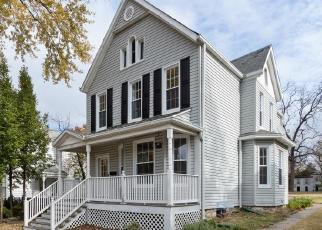 Foreclosed Home in LIBERTY ST, Alton, IL - 62002