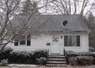 Foreclosed Home en SUNSHINE CT, Grafton, OH - 44044