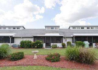 Foreclosed Home en SW 9TH AVE, Cape Coral, FL - 33914