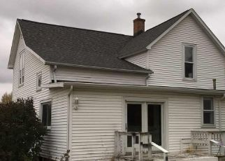 Foreclosed Home in N MAIN ST, Deer Creek, IL - 61733