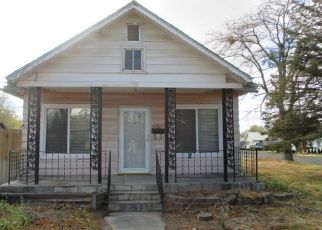 Foreclosed Home in 12TH AVE N, Buhl, ID - 83316