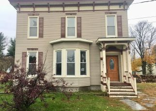 Foreclosed Home en JOHNSTOWN ST, Gouverneur, NY - 13642
