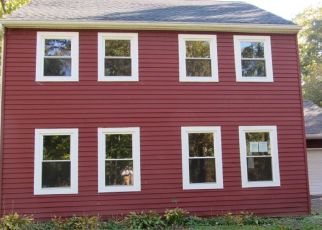 Foreclosed Home in LAURA LN, Elmer, NJ - 08318