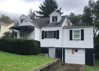 Foreclosed Home en BLAIR ST, Jeannette, PA - 15644