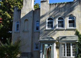 Casa en ejecución hipotecaria in Lansdowne, PA, 19050,  N LONGACRE BLVD ID: F4319364