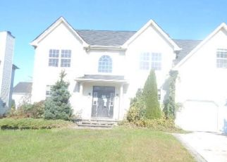 Foreclosed Home in TWISTING LN, Sicklerville, NJ - 08081