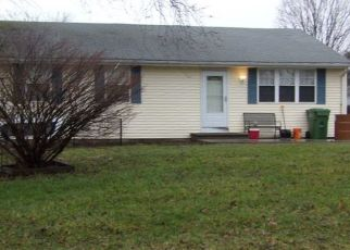Foreclosed Home in COLCHESTER AVE, East Hampton, CT - 06424