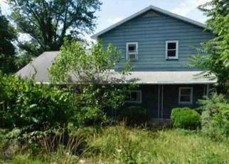Foreclosed Home en MOUNT LAUREL RD, Temple, PA - 19560