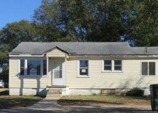 Foreclosed Home en SLATON AVE, Hartwell, GA - 30643