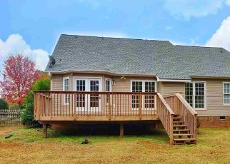 Foreclosed Home en OVERCUP CT, Greer, SC - 29650