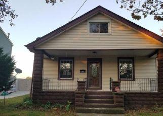 Foreclosed Home in HILLCREST AVE, Pennsauken, NJ - 08110