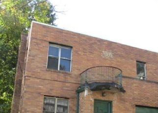 Foreclosed Home en DEVLIN ST, Pittsburgh, PA - 15210