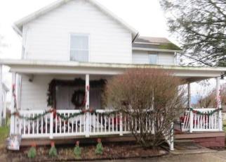 Foreclosed Home en DANIEL ST, Uniontown, PA - 15401