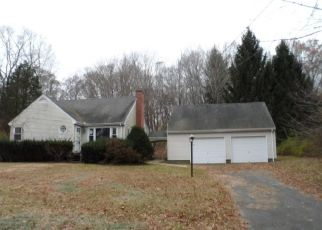 Foreclosed Home en WILDCAT RD, Madison, CT - 06443