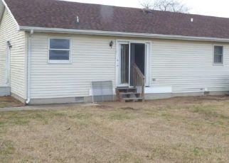Foreclosed Home in CARPENTER BRIDGE RD, Felton, DE - 19943