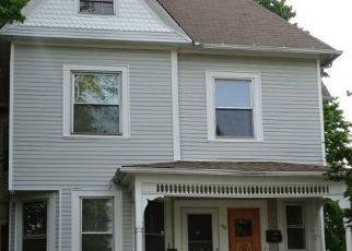 Foreclosed Home in WARREN ST, Meriden, CT - 06450