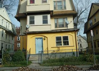 Foreclosed Home en ADAMS ST, Hartford, CT - 06112