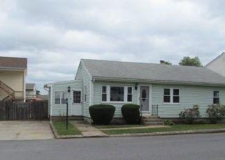 Foreclosed Homes in Johnston, RI, 02919, ID: F4319891