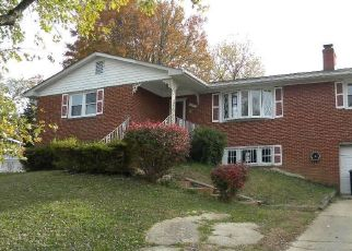 Foreclosed Home in HOPE DR, Temple Hills, MD - 20748