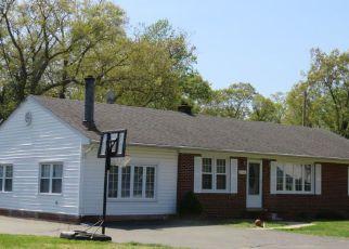 Foreclosed Home en HUGHESVILLE MANOR DR, Hughesville, MD - 20637