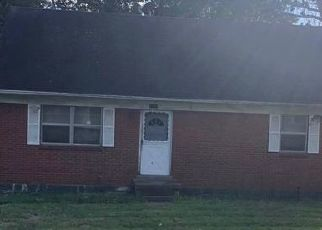 Foreclosed Home in BEAUFORT DR, Lexington, KY - 40517