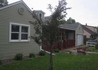 Casa en ejecución hipotecaria in Park Falls, WI, 54552,  3RD AVE S ID: F4320206