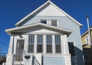 Foreclosed Home en 2ND ST, Wyandotte, MI - 48192