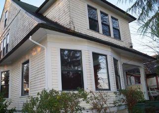 Casa en ejecución hipotecaria in Hoquiam, WA, 98550,  BLUFF AVE ID: F4320300