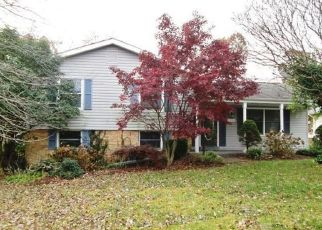 Foreclosed Home en E MAPLE AVE, Sterling, VA - 20164