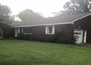 Foreclosed Home en FRAZIER AVE, Suffolk, VA - 23435