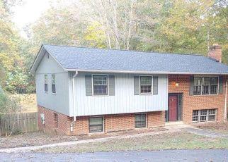 Foreclosed Home en KEYSER RD, Nokesville, VA - 20181