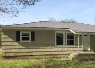 Foreclosed Home in BACK VALLEY RD, Sale Creek, TN - 37373