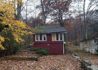 Foreclosed Home in SETTING SUN TRL, West Milford, NJ - 07480