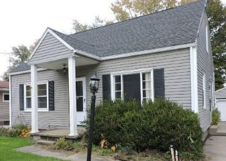 Foreclosed Home en MANITOU AVE, Akron, OH - 44305