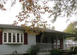 Foreclosed Home en SUNNYSIDE AVE, Louisville, OH - 44641
