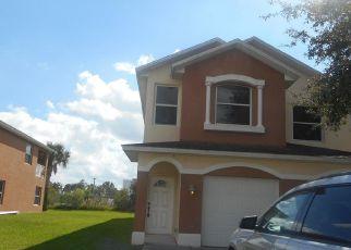Foreclosed Home en VENETIAN DR, Melbourne, FL - 32904