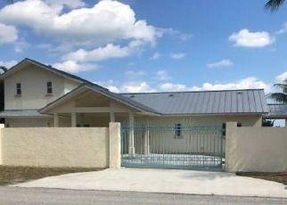 Foreclosed Home en SE SAINT LUCIE BLVD, Stuart, FL - 34996