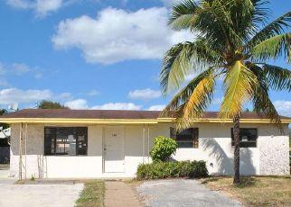 Foreclosed Home en W 36TH ST, West Palm Beach, FL - 33404