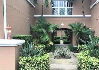 Foreclosed Home en FAIRWAYS CIR, Vero Beach, FL - 32967