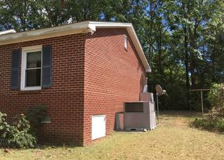 Foreclosed Home in WILLOW ST, Columbia, SC - 29203