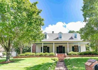 Foreclosed Home in CHENAL CIR, Little Rock, AR - 72223