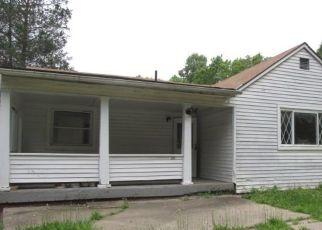 Foreclosed Home en SALEM CHURCH RD, Belle Vernon, PA - 15012