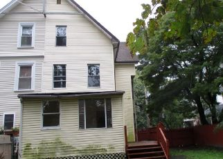 Foreclosed Home in E STRATFORD AVE, Lansdowne, PA - 19050