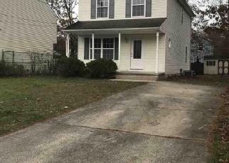 Foreclosed Home in S ZENIA AVE, Absecon, NJ - 08205