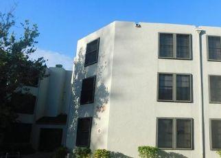 Foreclosed Home en LAKE POINTE DR, Fort Lauderdale, FL - 33309