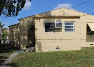 Foreclosed Home en NW 75TH ST, Miami, FL - 33150