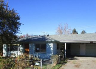 Foreclosed Home in CHERRY ST, Central Point, OR - 97502