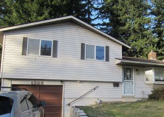 Foreclosed Home in SE 18TH ST, Toledo, OR - 97391