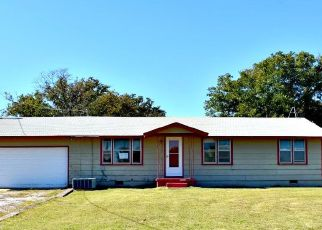 Foreclosed Home in N 2800 RD, Duncan, OK - 73533