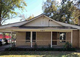 Foreclosure Home in Garvin county, OK ID: F4321053